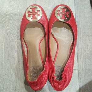 Tory Burch Reva Leather Flat. Red. 8.5